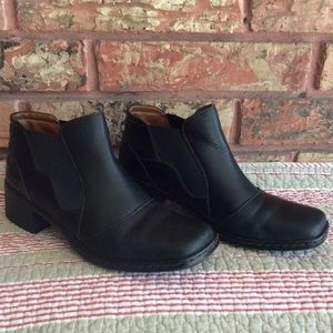 Josef Siebel Black Square Toe Chelsea Boot 37 7